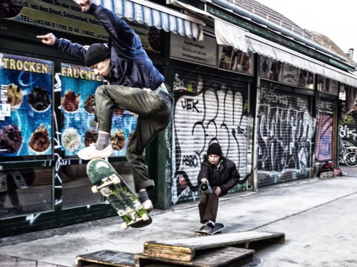 Naschmarkt - Vienna ( skateboard) reserl-gasse