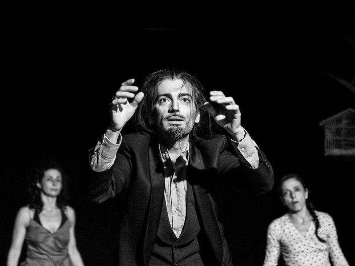 Débris - Lelastiko (reportage di uno spettacolo)